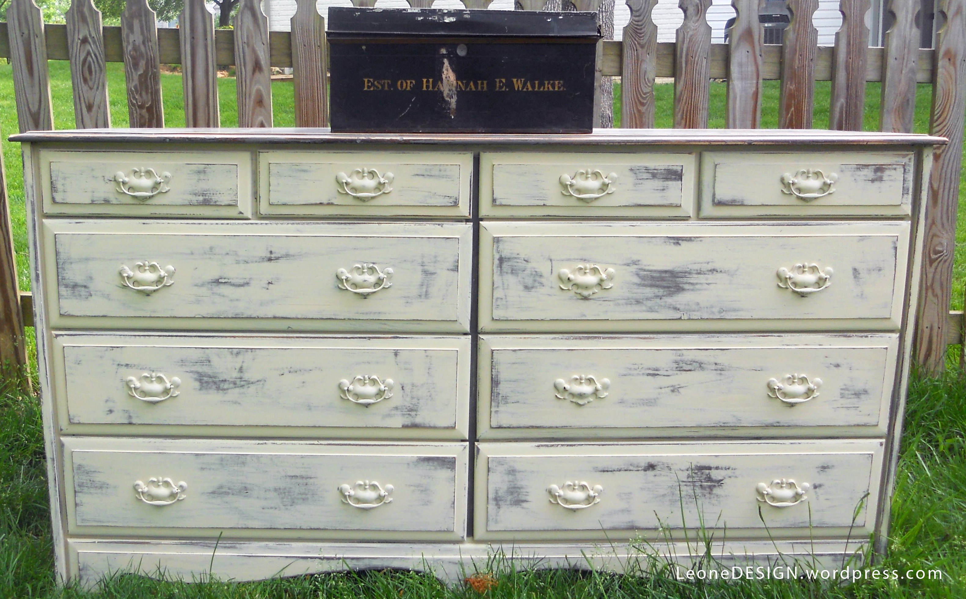 Paint colors for distressed furniture - Colors